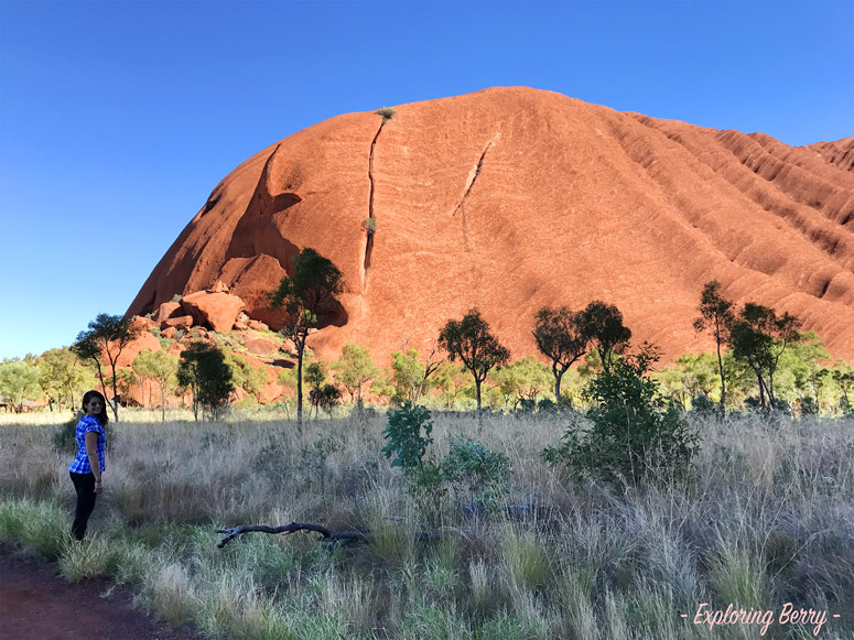 Uluru-base-walk-exploringberry