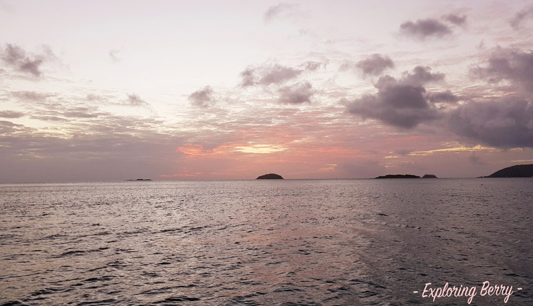 Sailing-the-Whitsundays-sunset