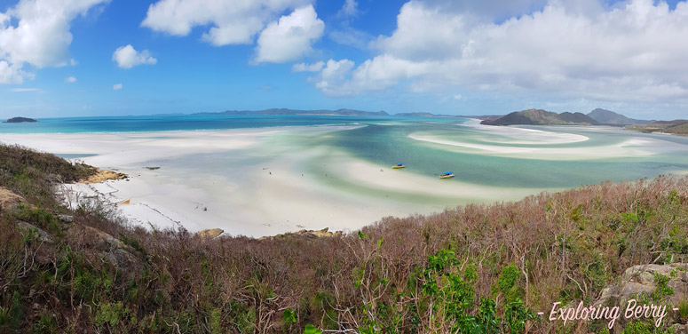 Sailing-the-Whitsundays-Whitehaven-beach-lookout