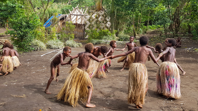 The dancing children of Louinio Village
